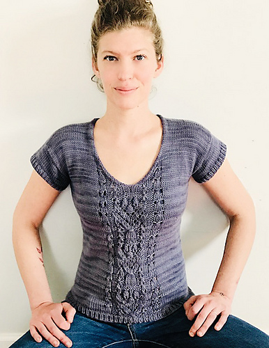 Woman wearing short sleeve hand knit tee